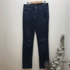 "Levi's Boot Cut | Medium/Dark Wash | 28"""